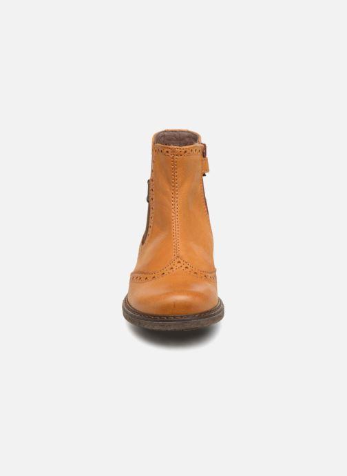 Bottines et boots Stones and Bones Evan Marron vue portées chaussures