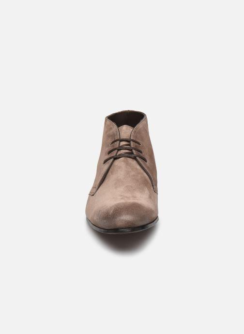Chaussures à lacets Marvin&Co Pelouse Beige vue portées chaussures