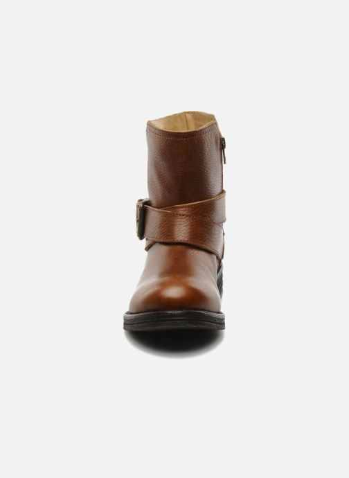 Ankle boots Tatoosh Bea Brown model view