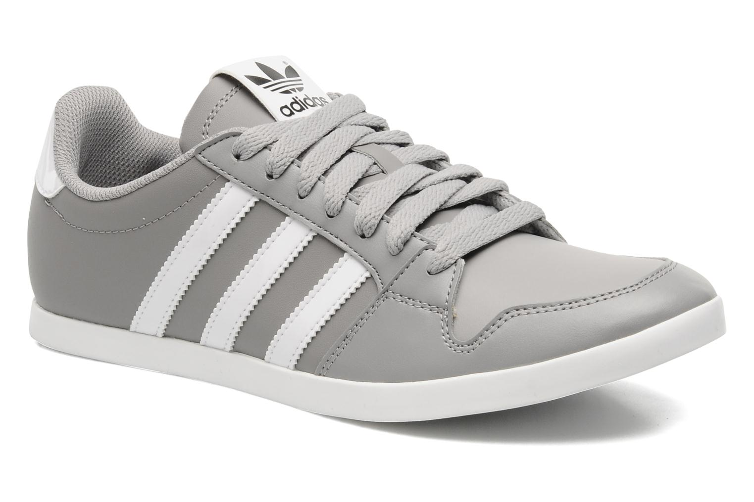 Low Baskets 117697 Adilago Originals gris Chez Sarenza Adidas RAPUq1wn