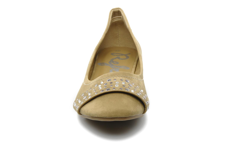 Ballerinas Refresh Valencina beige schuhe getragen