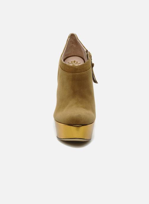 Botines  De Siena shoes Amalia Beige vista del modelo