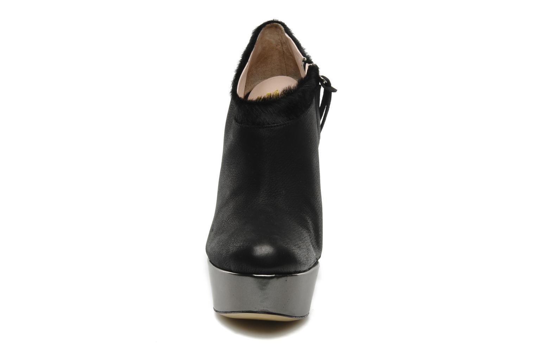 Boots De Siena shoes Amalia Svart bild av skorna på