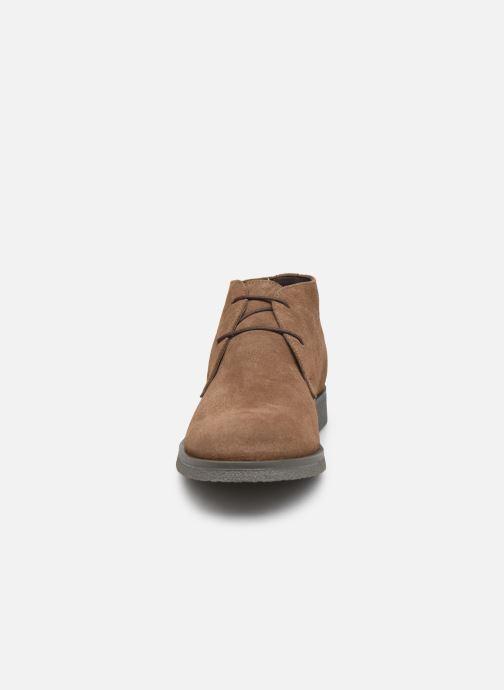 Zapatos con cordones Geox UOMO CLAUDIO Marrón vista del modelo