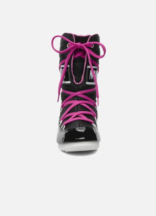 Scarpe sportive Moon Boot Sugar Nero modello indossato