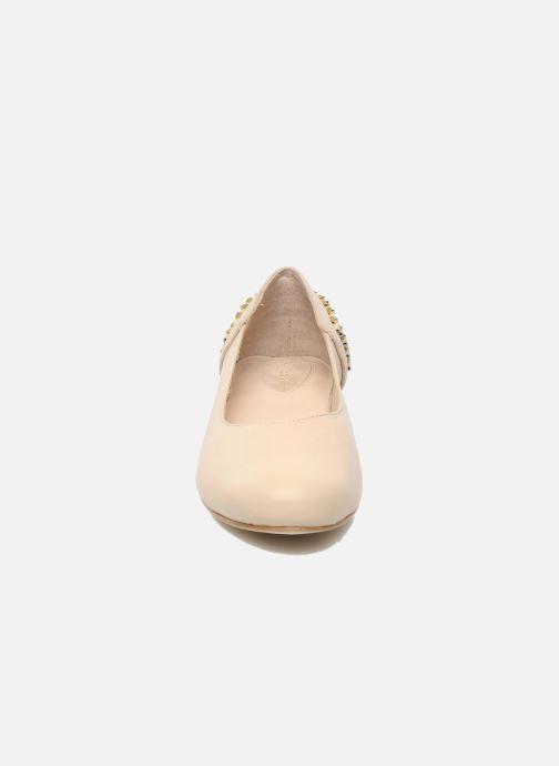 Ballet pumps Kat Maconie CECILIA Beige model view