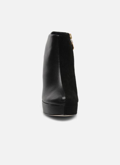 Bottines et boots Kat Maconie RUBY Noir vue portées chaussures