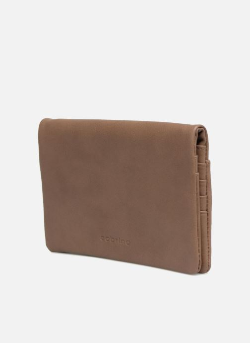 Wallets & cases Sabrina Kate Brown model view