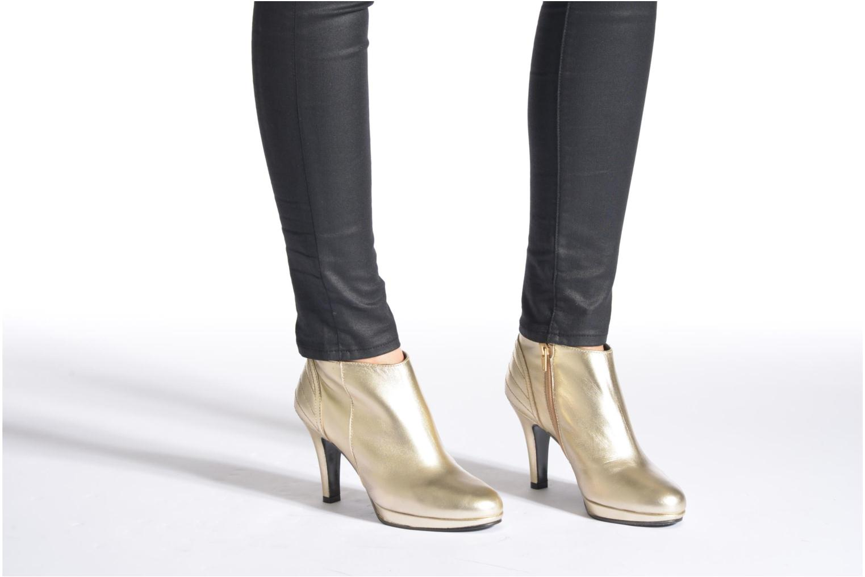 Bottines et boots Anna Volodia Aida Or et bronze vue bas / vue portée sac