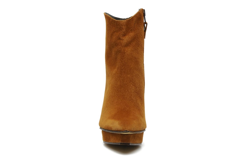 Bottines et boots Elizabeth Stuart Cid Marron vue portées chaussures