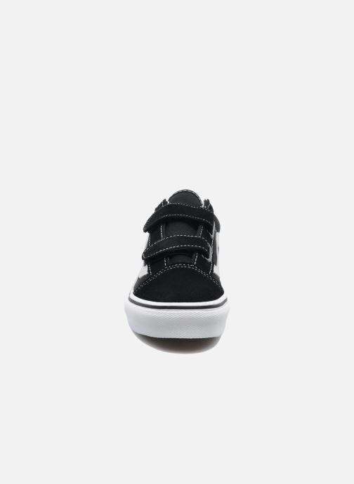 Baskets Vans Old Skool v Noir vue portées chaussures