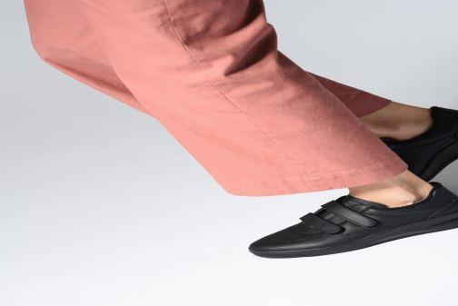 Sneaker TBS Easy Walk Biblio weiß ansicht von unten / tasche getragen