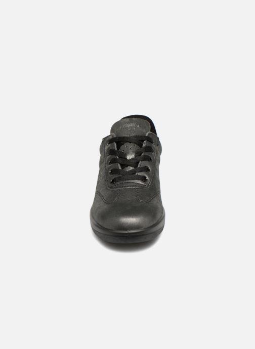 Sneaker TBS Easy Walk Dandys silber schuhe getragen