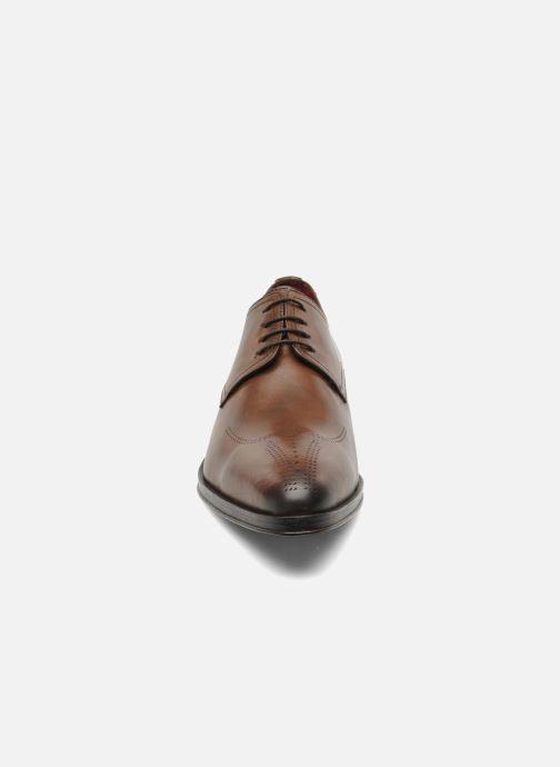 Chaussures à lacets Brett & Sons Mark Marron vue portées chaussures