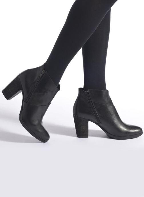 Bottines et boots Khrio Eva Noir vue bas / vue portée sac