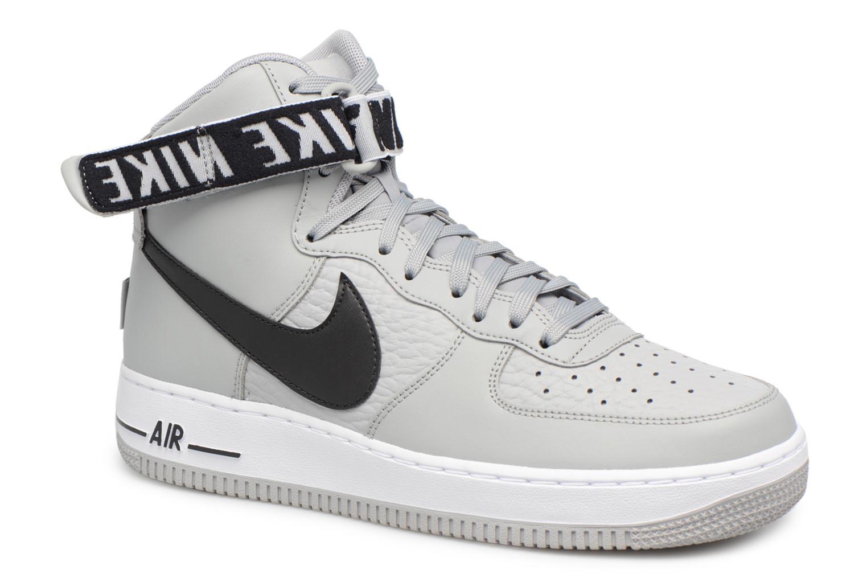 Baskets Nike Air Force 1 High'07 Gris vue détail/paire