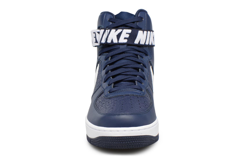 Baskets Nike Air Force 1 High'07 Bleu vue portées chaussures