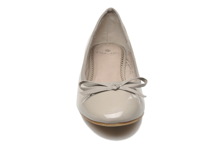 Ballerines Pieces Aliah Gris vue portées chaussures