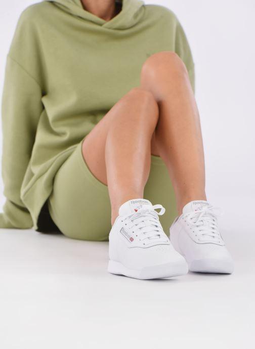 Sneaker Reebok Princess weiß ansicht von unten / tasche getragen