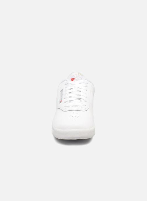 Sneaker Reebok Princess weiß schuhe getragen