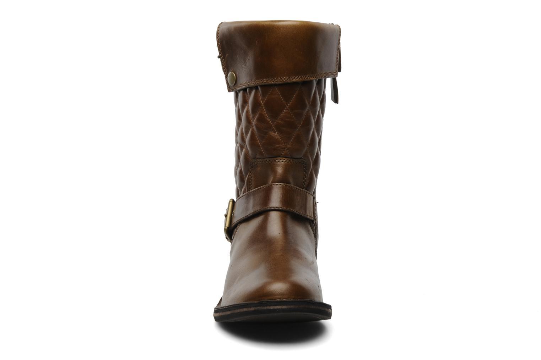 Bottines et boots UGG Conor Marron vue portées chaussures