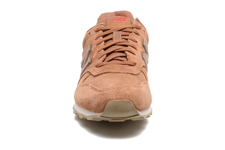 Sneaker New Balance WR996 beige schuhe getragen