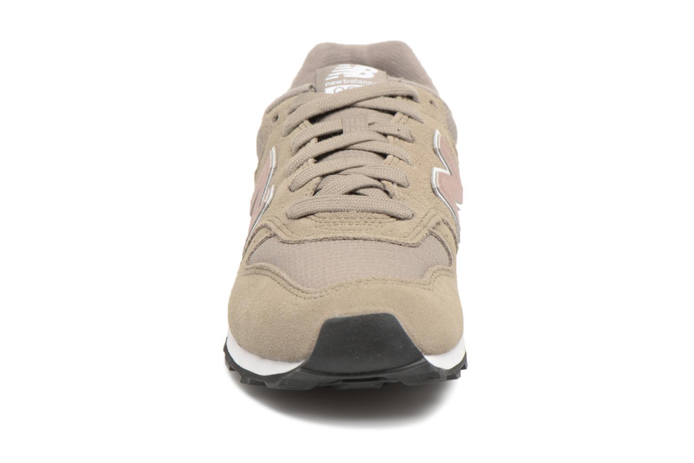 Baskets New Balance WR996 Gris vue portées chaussures