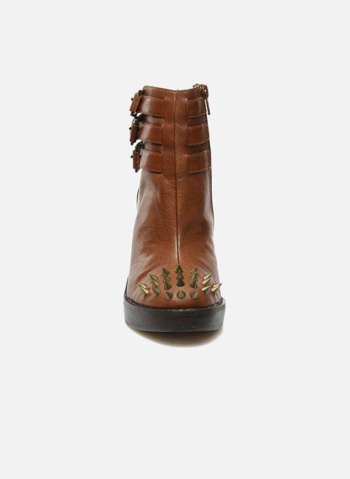 Sandali e scarpe aperte KG By Kurt Geiger Vex Marrone modello indossato