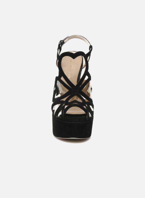 Sandali e scarpe aperte KG By Kurt Geiger Kutie Nero modello indossato