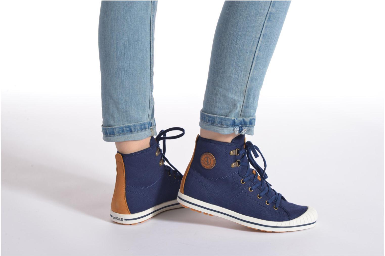 Chaussures à lacets Aigle Kitangiri Mid W Blanc vue bas / vue portée sac