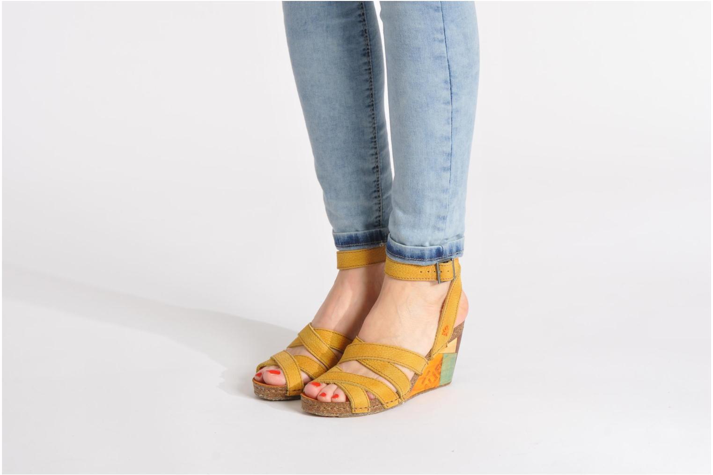 Sandales et nu-pieds Art Kastellet 494 Beige vue bas / vue portée sac