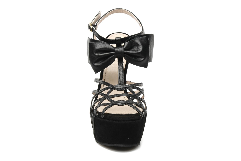 Sandales et nu-pieds Supertrash Bowstrap Noir vue portées chaussures