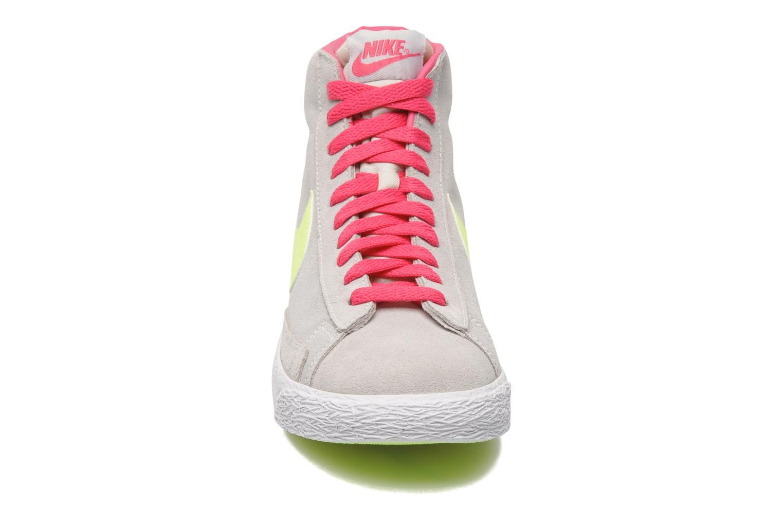 Chaussures de sport Nike Blazer Mid Vintage (GS) Gris vue portées chaussures