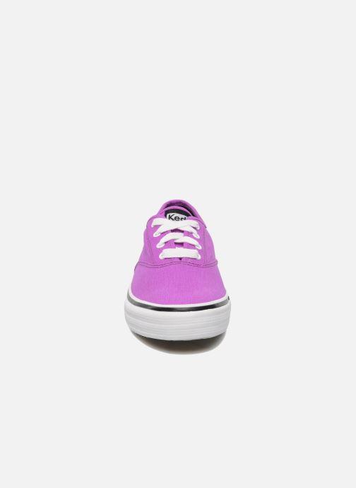 Baskets Keds Double Dutch Neon Violet vue portées chaussures