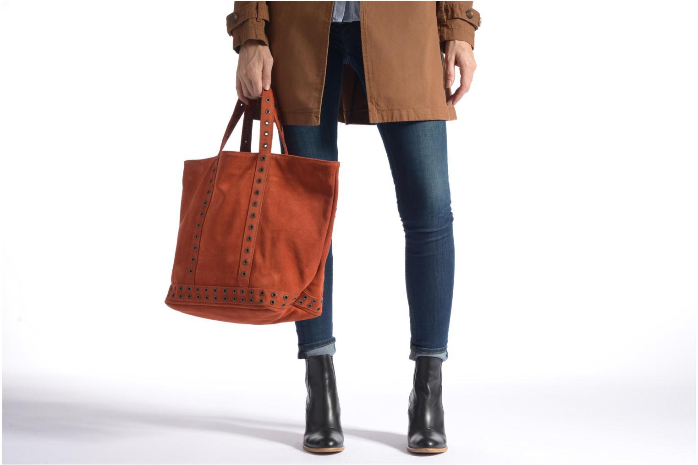 Handväskor Vanessa Bruno Cabas cuir velours œillets L Svart bild från ovan
