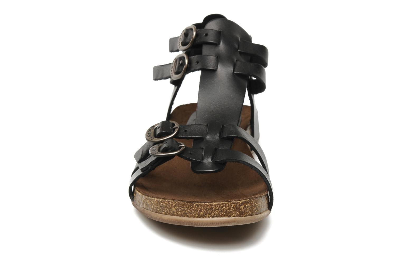 Sandaler Kickers Ana Sort se skoene på