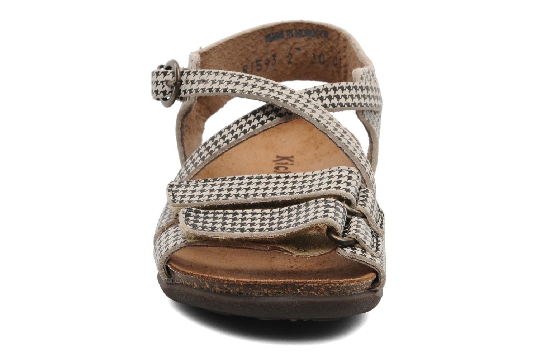 Sandales et nu-pieds Kickers ATOMIUM E Noir vue portées chaussures