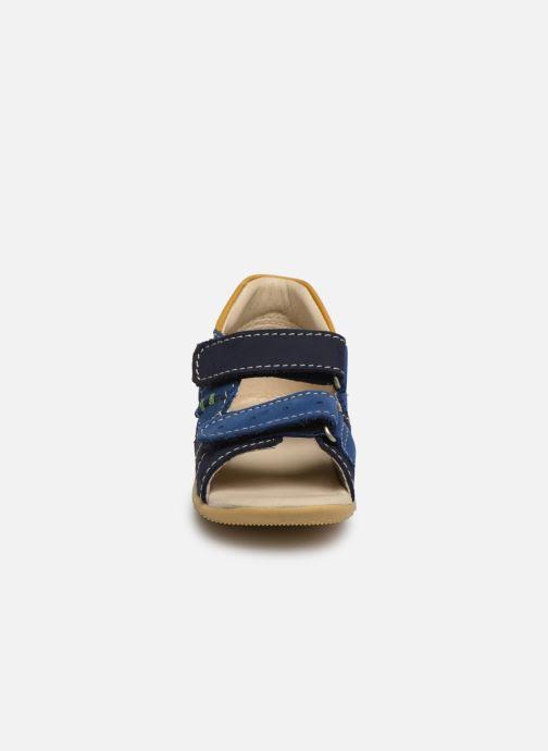 Sandali e scarpe aperte Kickers BOPING Azzurro modello indossato