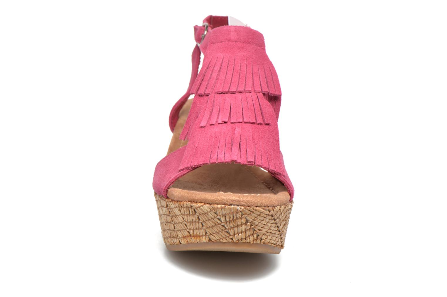 Sandals Minnetonka Central Pink model view