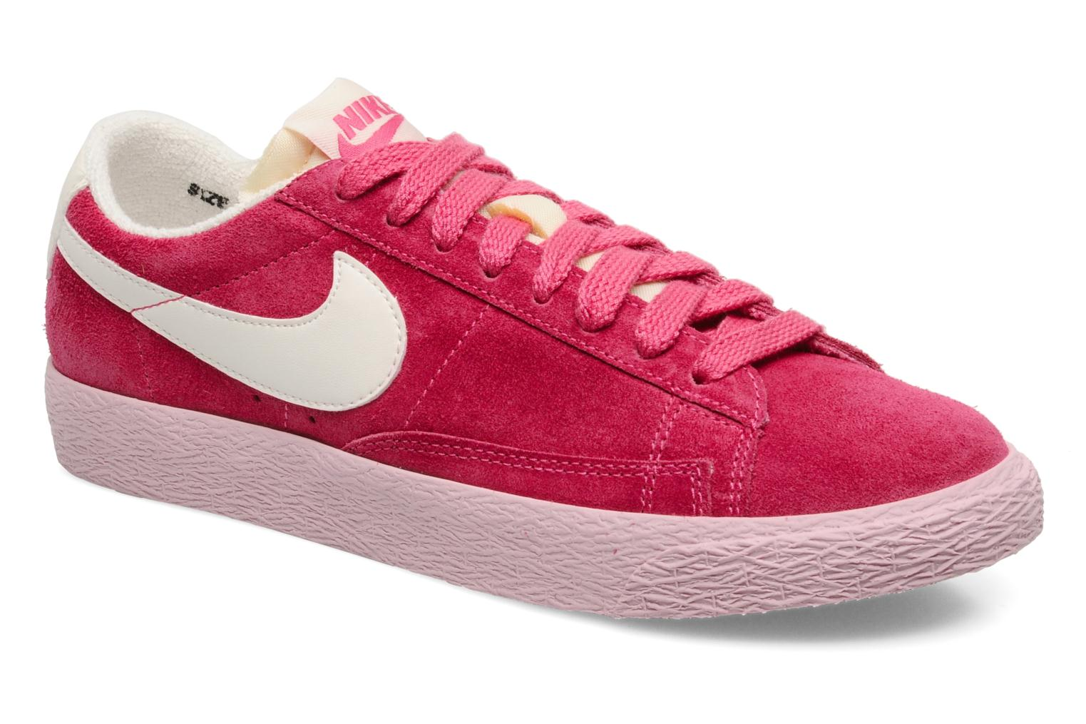 Trainers Nike Wmns Blazer Low Suede Vintage Pink detailed view Pair view .  ... 1cf11fad0