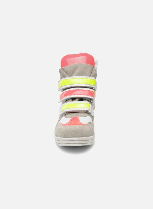 Baskets Ninette en fleurs 7010 Multicolore vue portées chaussures