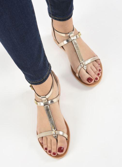 Sandalen Les Tropéziennes par M Belarbi Hilan gold/bronze ansicht von unten / tasche getragen