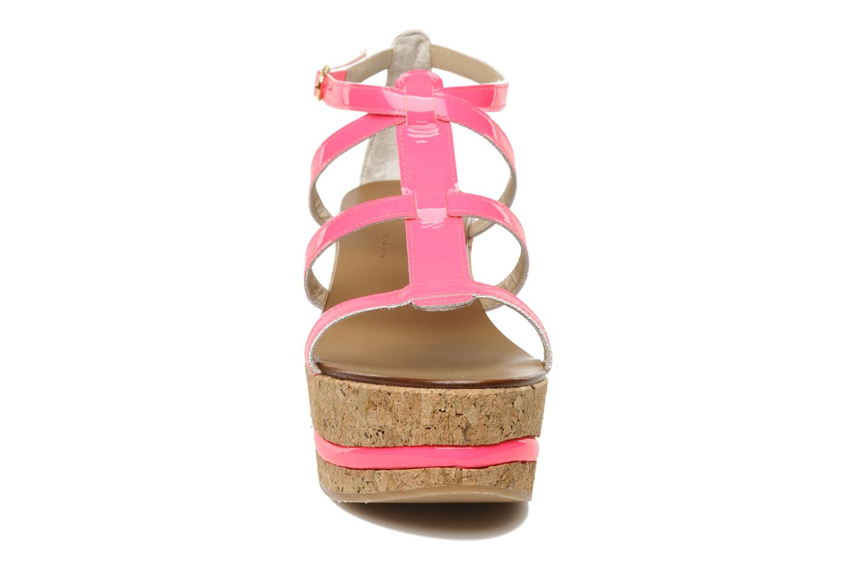 Sandals Tapeet Tipia Pink model view