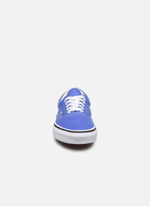 Baskets Vans Era W Bleu vue portées chaussures