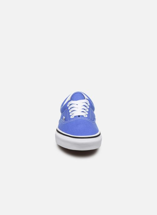 Sneakers Vans Era W Azzurro modello indossato
