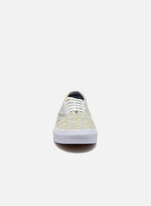 Sneakers Vans Authentic Slim W Multicolore modello indossato