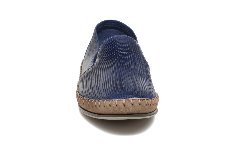 Slipper Fluchos Bahamas 8674 blau schuhe getragen