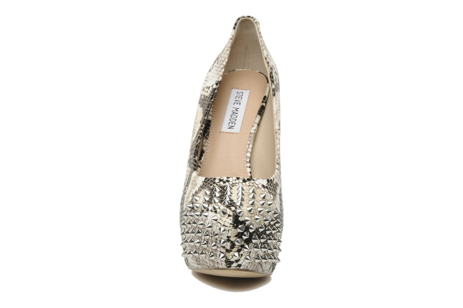 High heels Steve Madden BOLDDD Beige model view