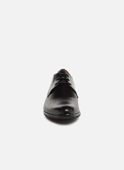 Scarpe con lacci Melvin & Hamilton Toni 1 Nero modello indossato