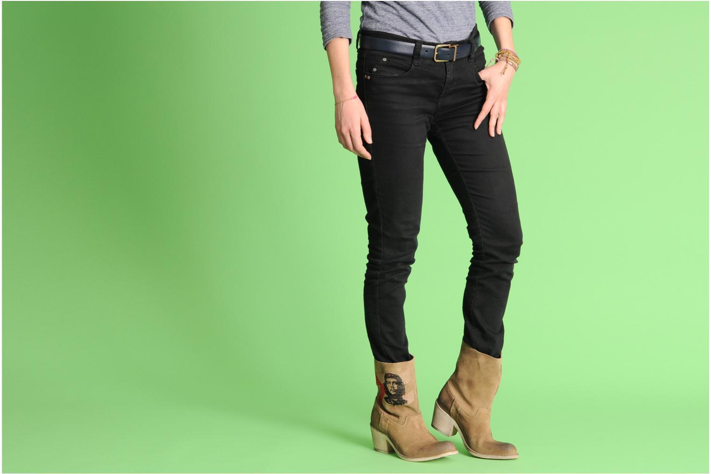 Bottines et boots Coco et abricot Ché Bleu vue bas / vue portée sac